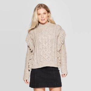New universal thread sweater